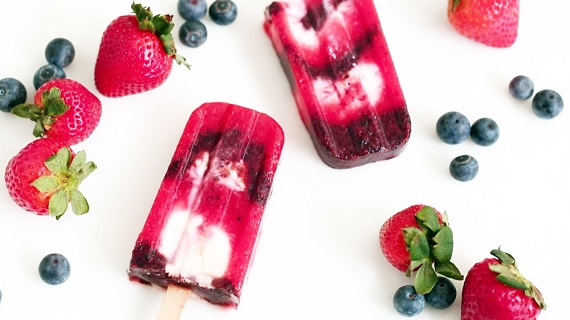 fresh_fruit_firecracker_popsicles_horiz