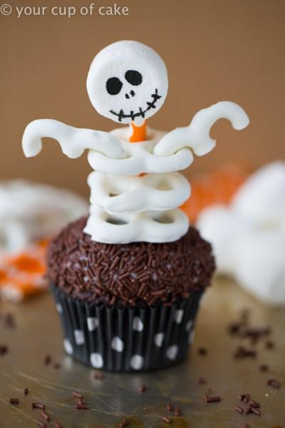 Skeleton-Cupcakes