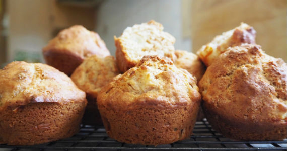 Pear-Muffins-