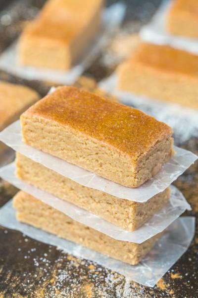 no bake apple pie protein bars