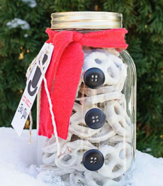 snowman-mason-jar-gift-ideas-570x650